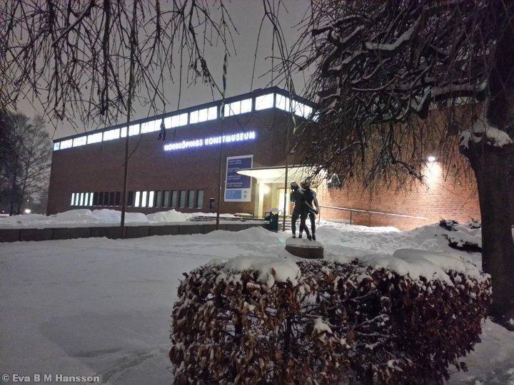 Norrköpings konstmuseum. Söderstaden kl 17:42 den 13 februari 2013.