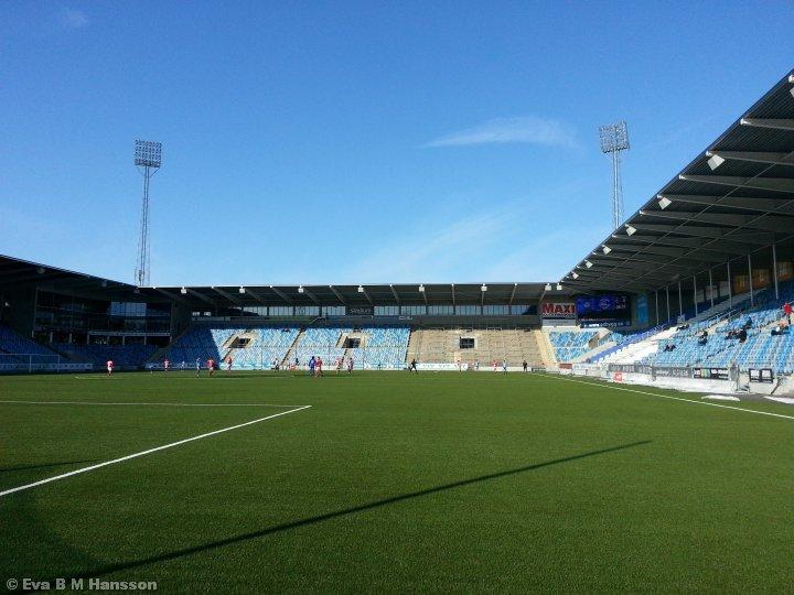 Träningsmatch mellan IK Sleipner och Eskilstuna City FK. Nya Parken, Norrköping, kl 14:35 den 23 mars 2013.