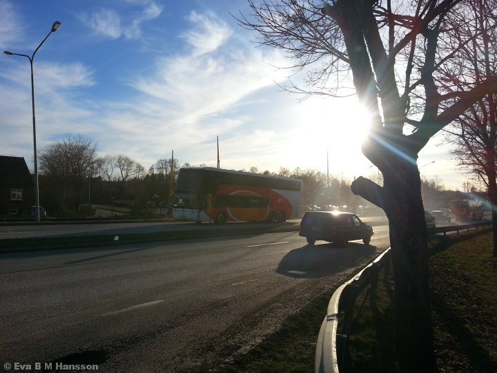 I solskenet. Råberga bro kl 16:48 den 24 mars 2015.