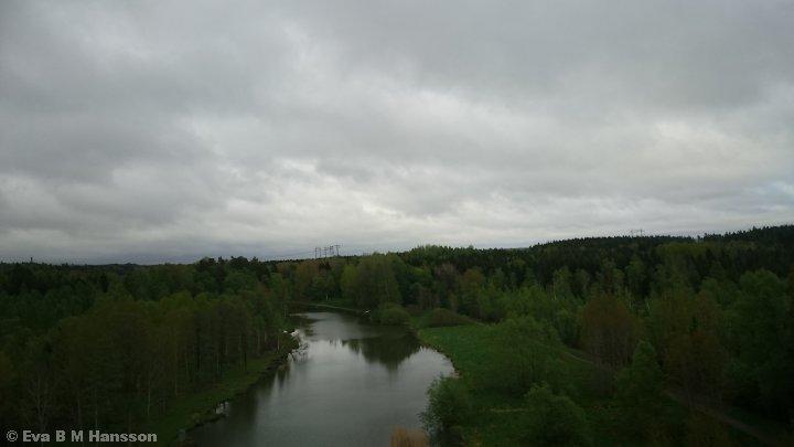 Utsikten från bron. Norsholm kl 17:16 den 19 maj 2015.